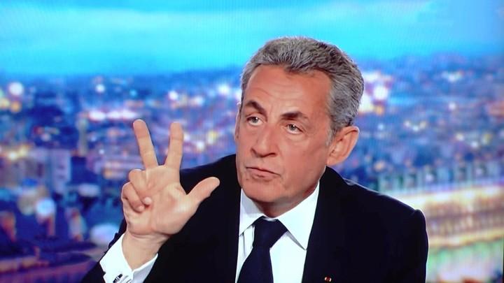 Das russische Fernsehen über den Fall Sarkozy und die kommenden Wahlen in Frankreich